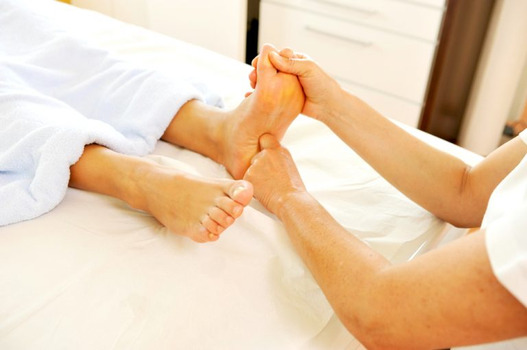 Ways In Choosing Foot Treatment and Therapy Services